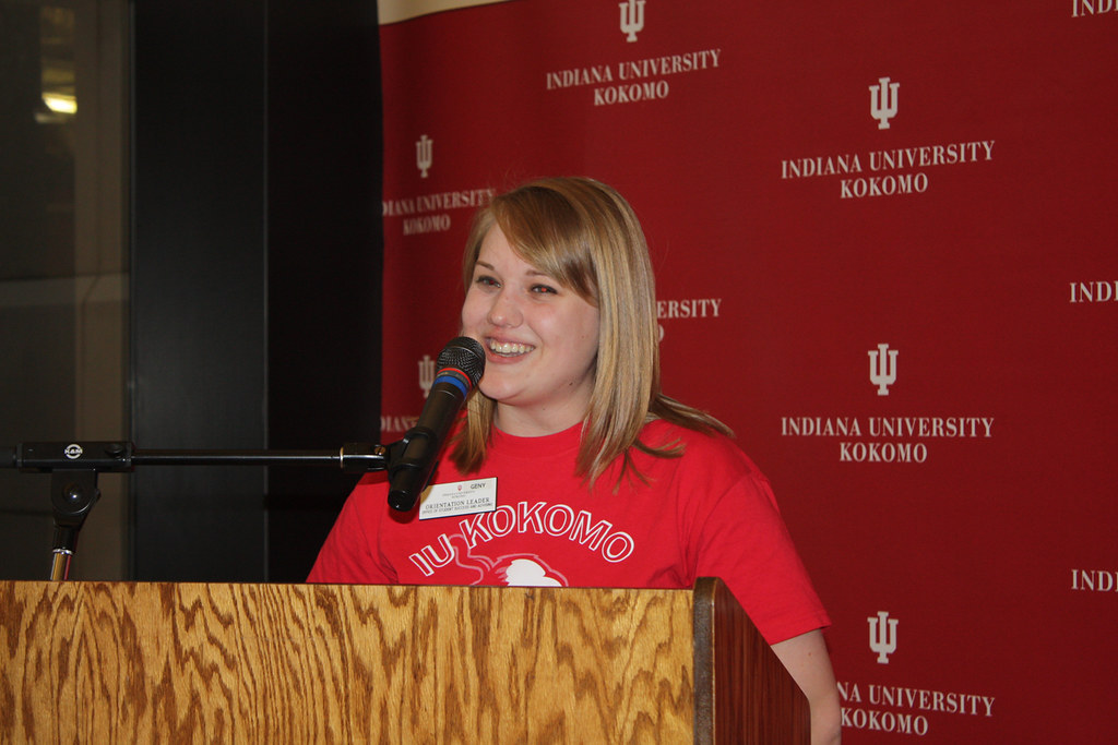 Psychology major Geny Studebaker addresses students at New Student Orientation