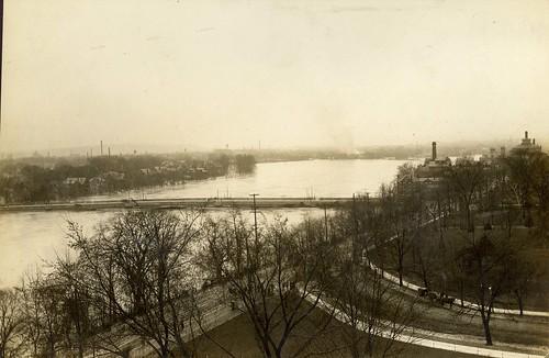 Belmonte Park, Dayton, OH - 1913 Flood