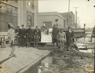 Ahrens-Fox Fire Engine, Dayton, OH - 1913 Flood