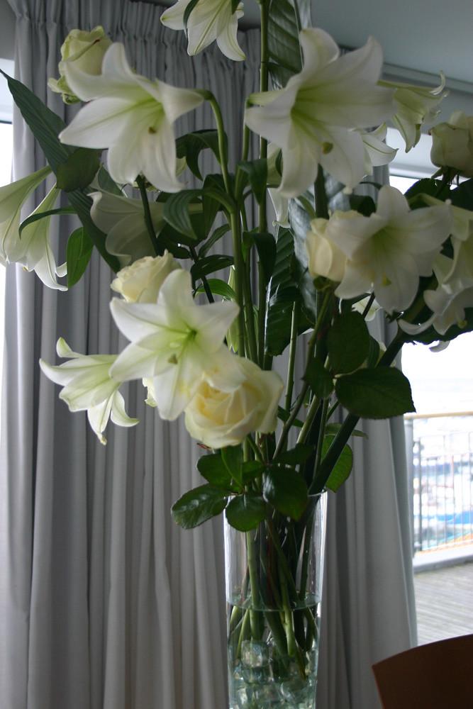 wedding florist seattle wedding florist alter floral arrangements. Black Bedroom Furniture Sets. Home Design Ideas