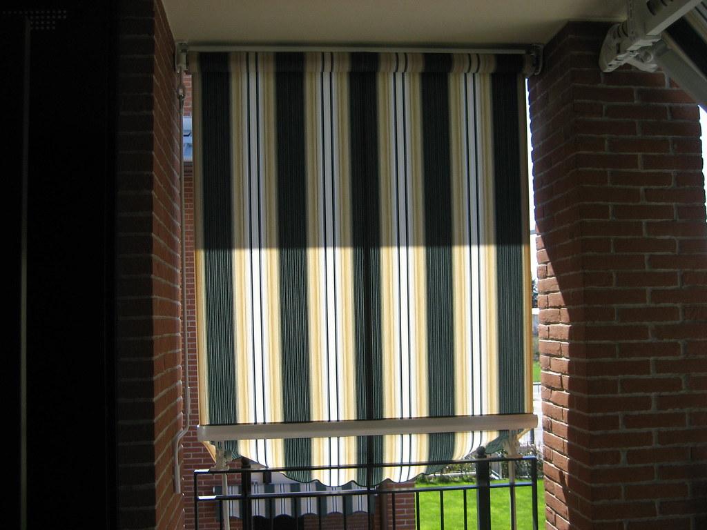 Installazione Tende Da Sole.Installazione Di Tende Da Sole Condominiali Chieri Flickr