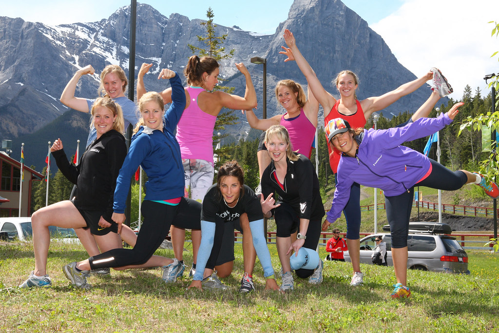 Top row, left to right: Madison McLeish, Marie-Michèle Gagnon, Anna Goodman, Madison Irwin. Bottom row, left to right: Erin Mielzynski, Ève Routhier, Larisa Yurkiw, Kelly VanderBeek, Marie-Pier Préfontaine
