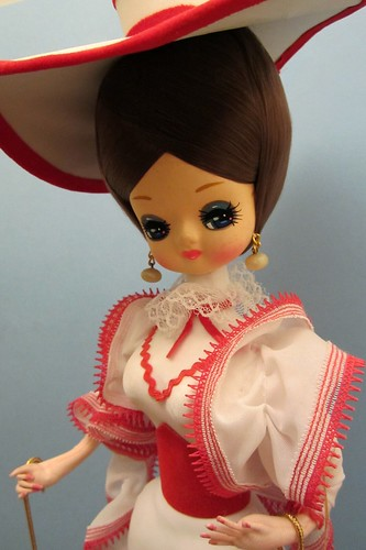 Red/White Bradley Pose Doll by crebofborg_2000