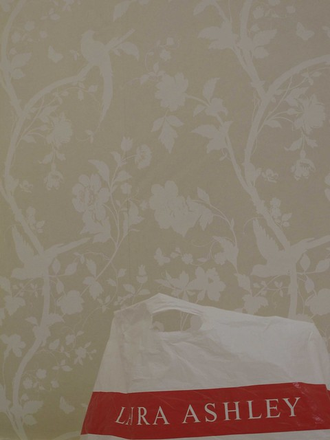 laura ashley oriental garden wallpaper in linen explore. Black Bedroom Furniture Sets. Home Design Ideas