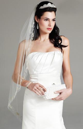 Bridal Half Up Half Down With Veil And Tiara Hair Makeup Flickr