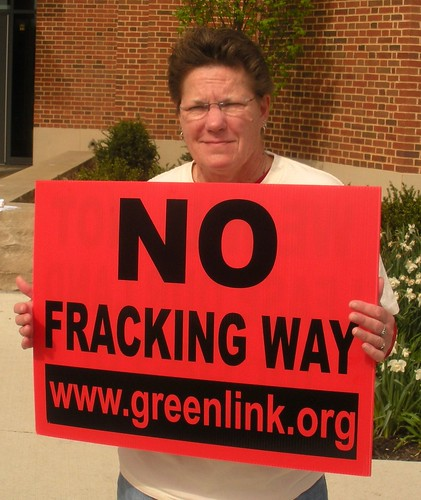 Fracking Victims Kept in the Dark by Their Own Doctors