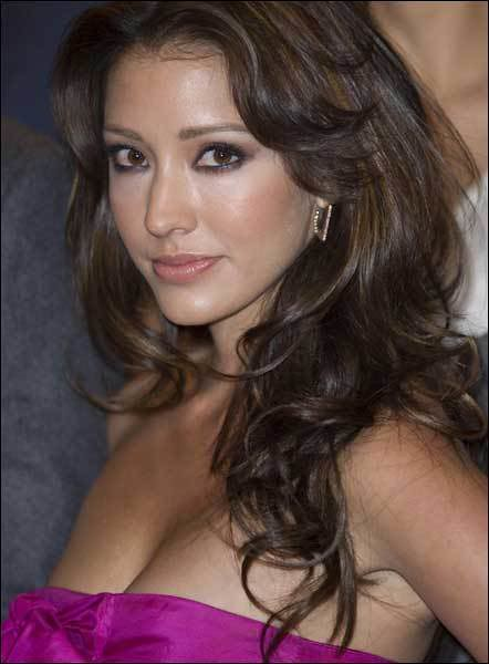 Actrices De TV Azteca Novelas http://www.flickr.com/photos/paparazzilatino_la/5662875552/
