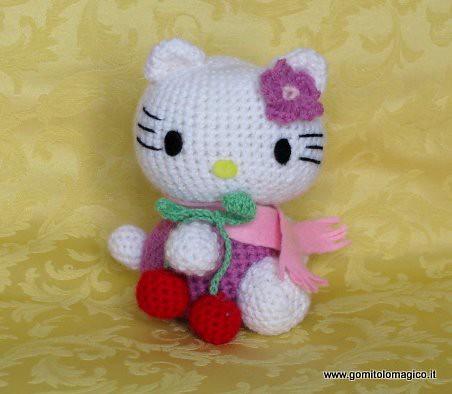 Hello Kitty Questo e tanti altri schemi gratis su www ...