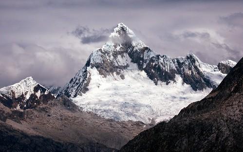 mountain peru sunrise cordillerablanca santacruztrek