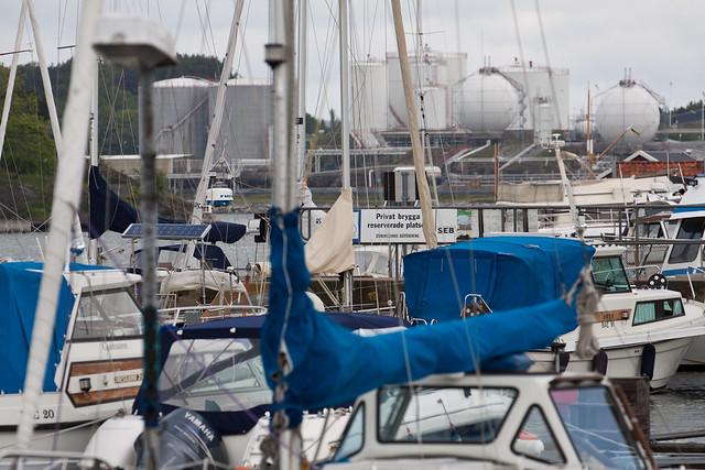 Stenungsund harbour - Oil cisterns