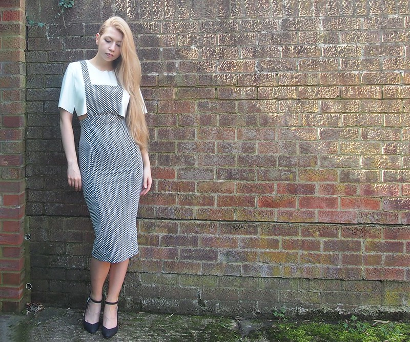 Midi Pinafore, George, ASDA, Monochrome, Bodycon, Nicole Scherzinger, Missguided, White Faux Leather Crop Top, T-Shirt, Tee, Dorothy Perkins, Wedges, Sam Muses, UK Fashion Blog, London Style Blogger, How to Wear, Styling Ideas, Outfit Ideas, Inspiration, SS14