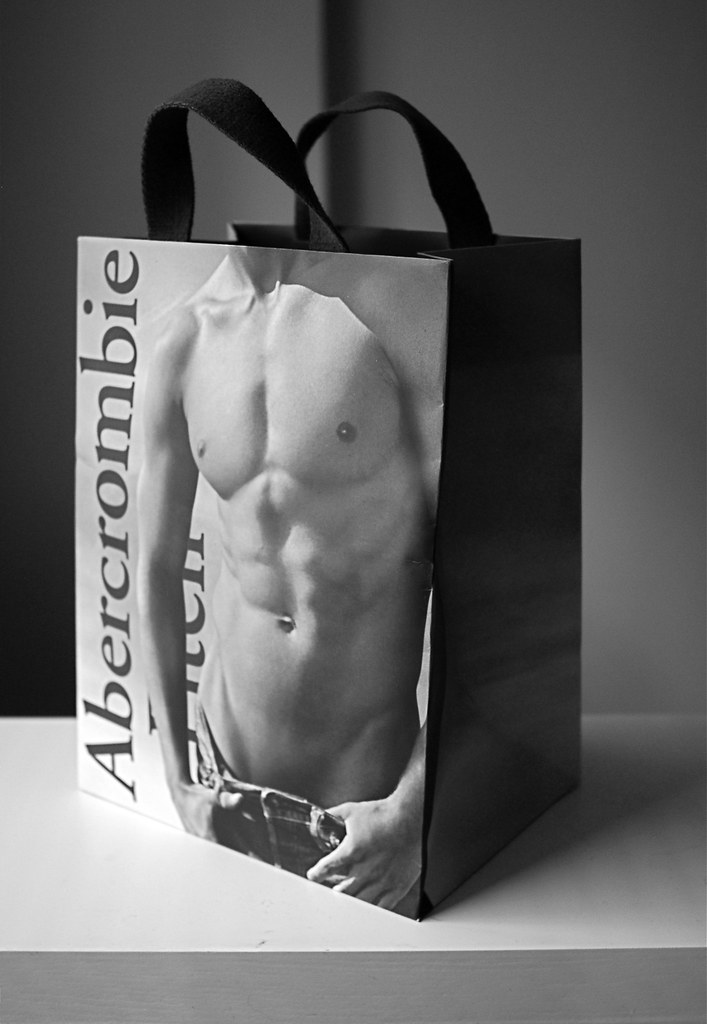 abercrombie & fitch outlet