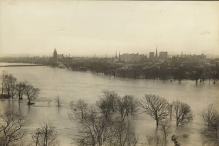 Flood Scenes, Dayton, OH - 1913 Flood