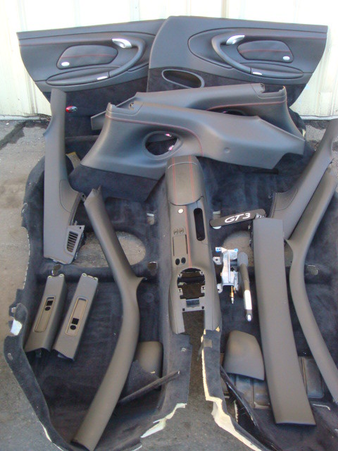 Porsche 996 911 gt3 black interior door panel and carpet set rennlist porsche discussion forums for Porsche 996 interior trim parts