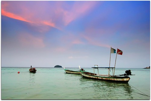 Dusk on Sunrise Beach | Koh Lipe | Thailand