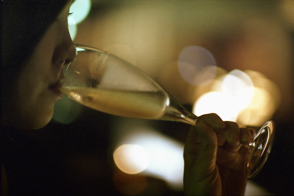 the mascara story I, with mix, drinking white wine, bokeh, curtain call, roppongi hills, tokyo,ontoshiki
