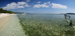 Ancienne jetée sur la plage de Gili Meno