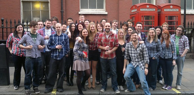 1000heads: all the best agencies wear plaid :)
