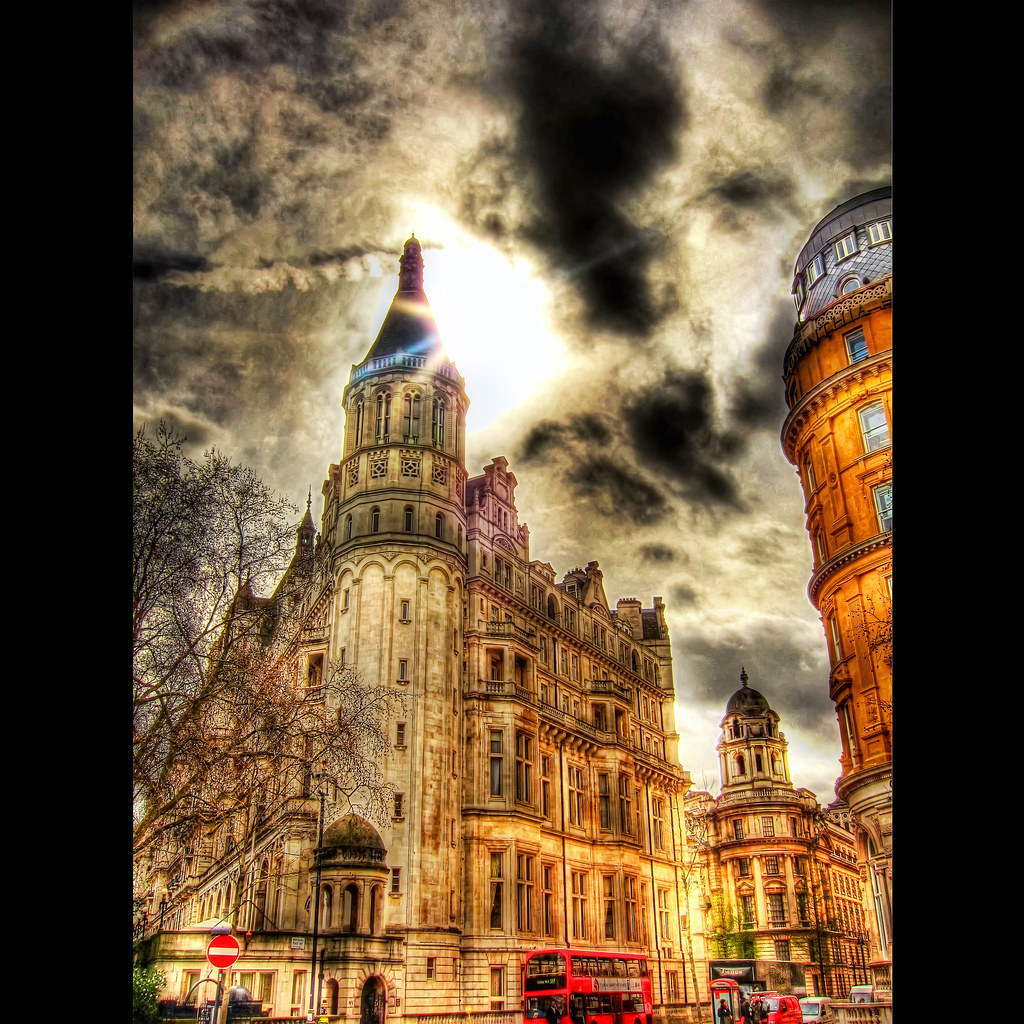 Whitehall London . HDR