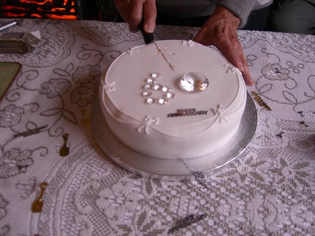 Diamond Anniversary Cake Ideas