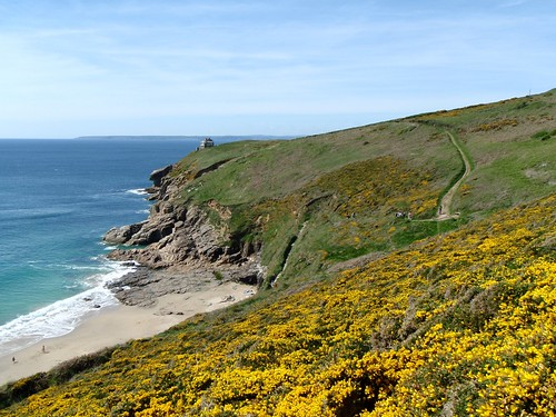 Rinsey beach, Cornwall, in Spring