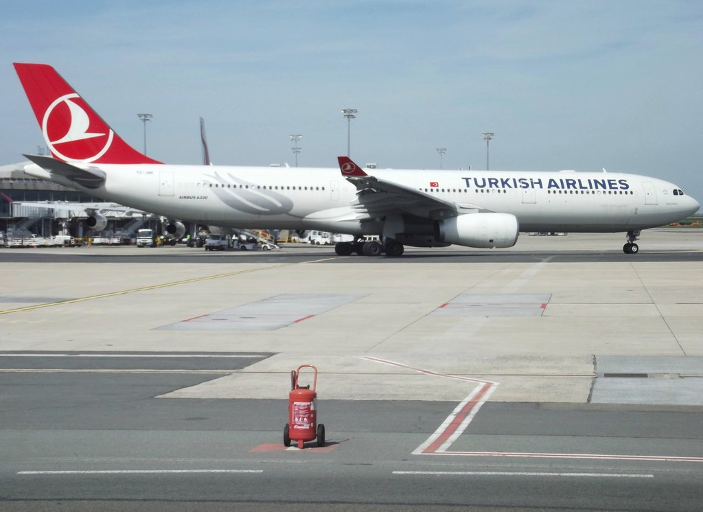 TC-JNK - A333 - Turkish Airlines