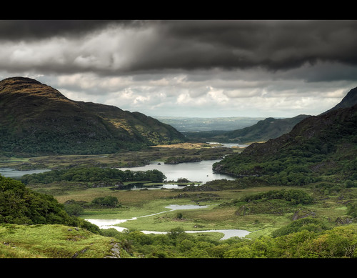 ireland ladies irish mountains green river landscape view scenic tourist eire kerry ring hills celtic ringofkerry ladiesview n71