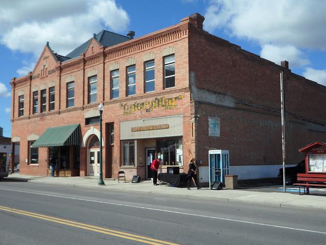 Ford Dealership Spokane >> Studebaker Garage-Harrington, WA