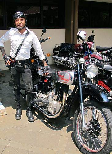 Me & my Royal Enfield 1947 500cc 3