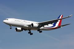 F-RARF @ CHR : A330-223 République Française - Photo of La Champenoise