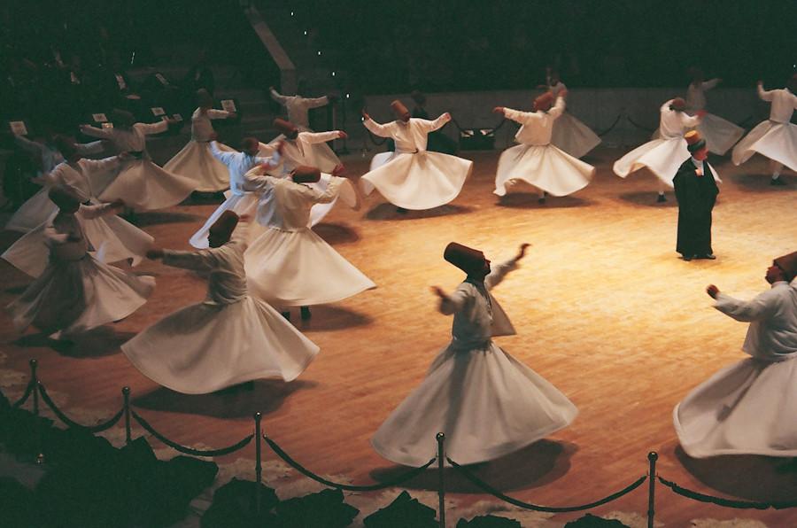 Wonderful movement !!  62850029