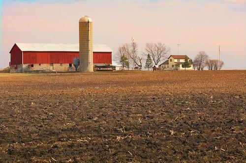 usa wisconsin farm agriculture plowedfield wisconsinfarm johnhenrygremmer