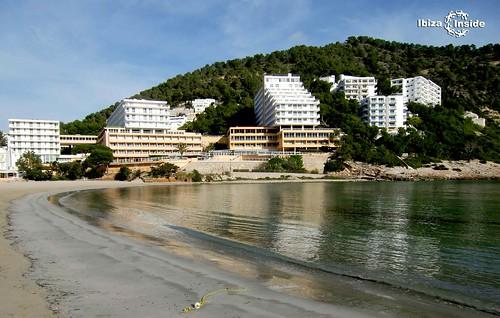 Cala-Llonga-Ibiza-1