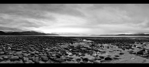 ocean ireland sea blackandwhite panorama white black beach monochrome mono sand pano rocky monochromatic kerry shore rossbeigh glenbeigh