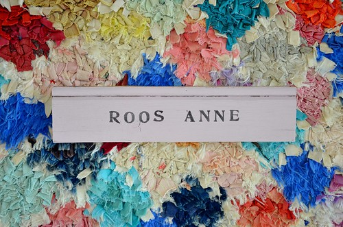 wood & word sign [roos anne]