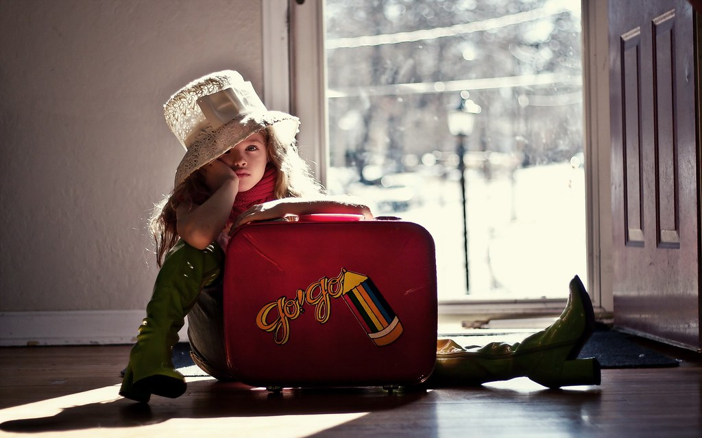girl-child-blonde-suitcase-mood-wallpaper-2560x1600