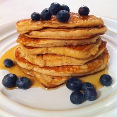 meal, breakfast, berry, pannekoek, belgian waffle, produce, food, dish, dessert, pancake,
