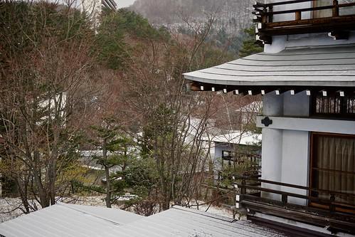 trees windows snow japan buildings hotel scenery selp1650 ilce6000