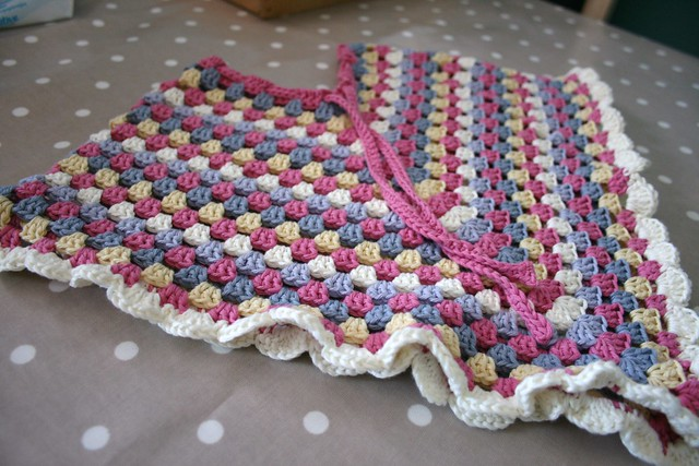 Adult size crochet hooded poncho pattern? - Yahoo! Answers