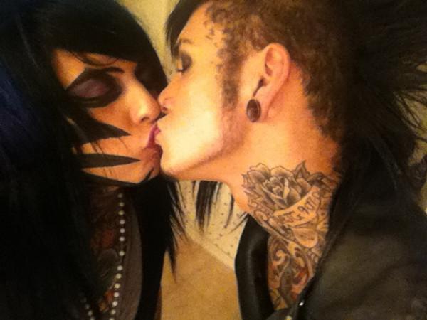Jayy Von Monroe And Dahvie Vanity Kiss Dahvie Vanity a...