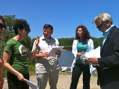 Jon Jarvis (from right), IDNR's Diane Tecic, Openlands' Jerry Adelmann, and Chicago Park District's Zhanna Yermakov at Big Marsh.