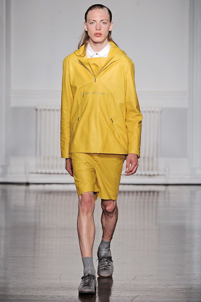 SS13 London Richard Nicoll005_Erik Andersson(VOGUE)
