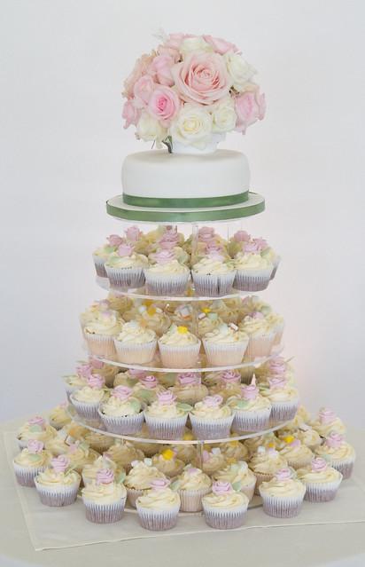 English Country Garden Wedding Cupcakes