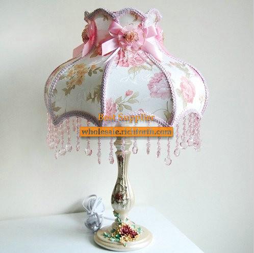 Fantastic Table Lamp in European Rural Style