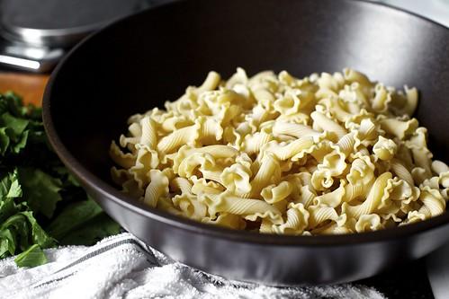 ... home pasta with garlicky broccoli garlicky broccoli rabe pasta