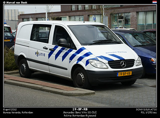 Dutch Police - Mercedes Benz Vito (19-BP-RB)