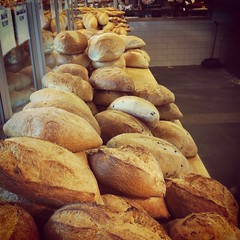 baking, baked goods, bakery, food, bread roll, baguette,