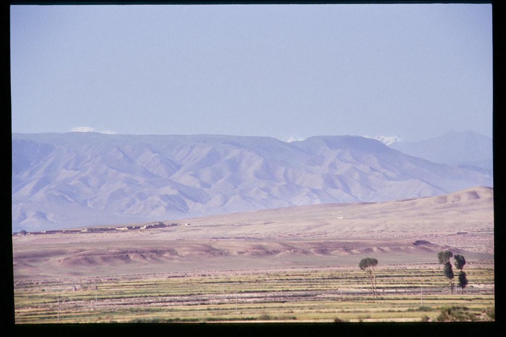 La Chine à vélo - de Pékin à Urumqi - Au loin, le plateau du Tibet