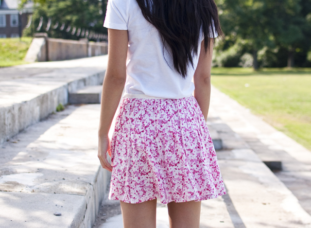 floral print, floral, floral skirt, outfit of the day, ootd, personal style, wedges, summer wedges, summer fashion, fashion, aviators, white tshirt, white v-neck