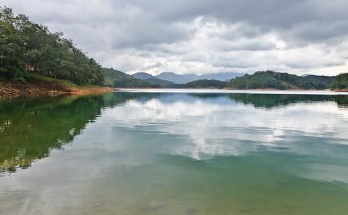 lake reflection landscape fusion hdr waterscape 24105mm anawesomeshot 5dmarkii